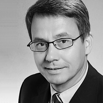 PROF. DR. STEFAN STROHMEIER